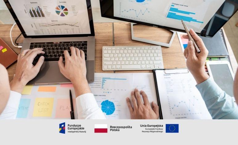 Jak Microsoft Power BI zmienia sposób funkcjonowania branży analitycznej?